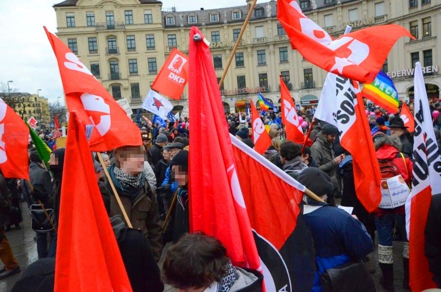 Die SDAJ war stark vertreten auf der Demo